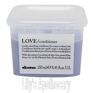 LOVE Smoothing Conditioner (8.45 oz.)